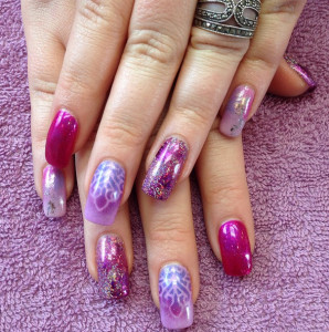 purple-bling-nails