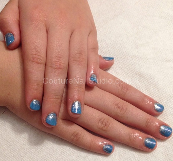 blue-sparkle-nails